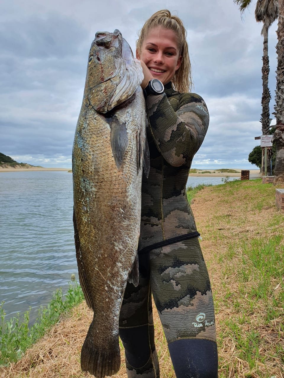 Taylor Rose Toich with the pending South African womens record Daga salmon of 12.05kg